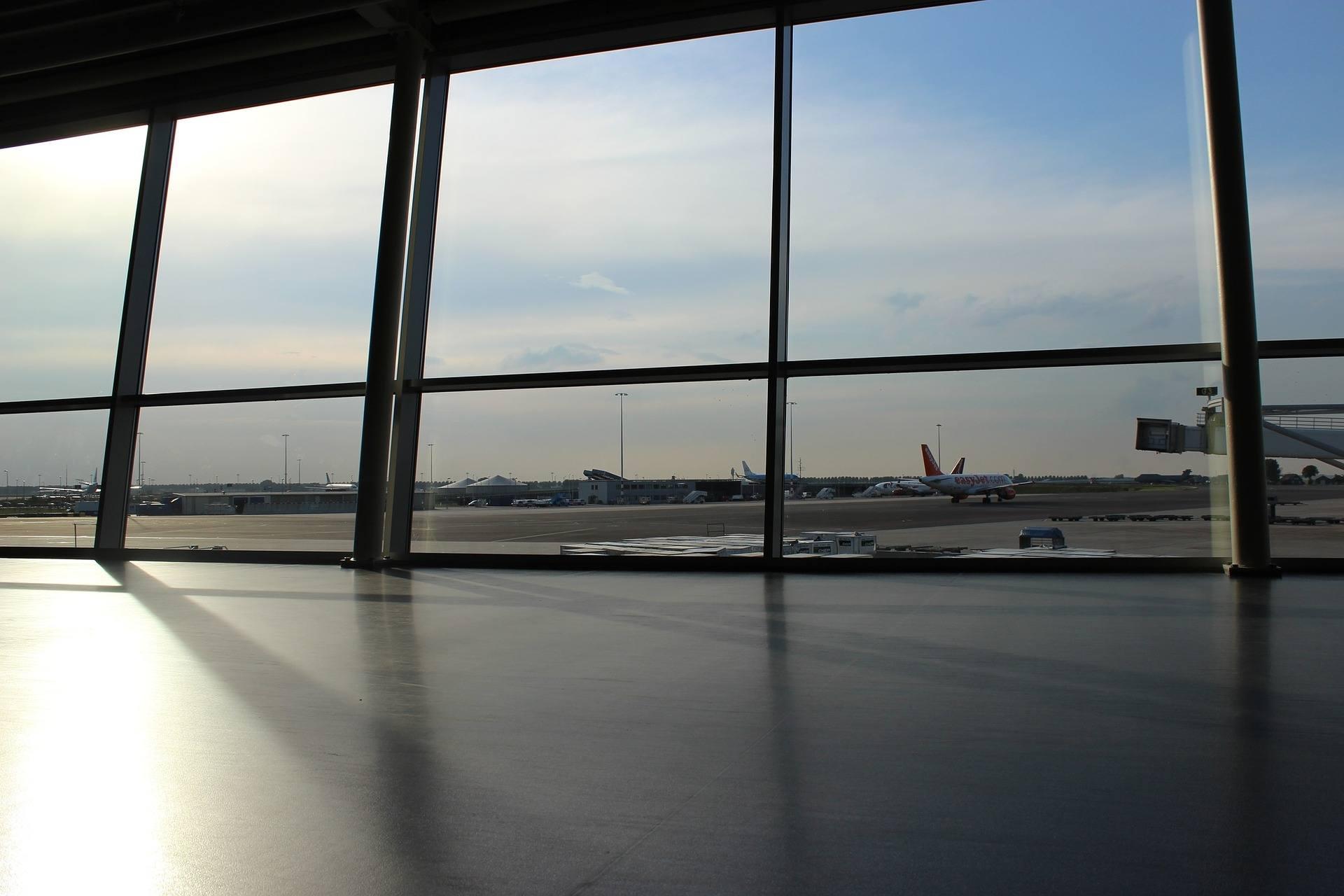 Airlines auf dem Flughafen